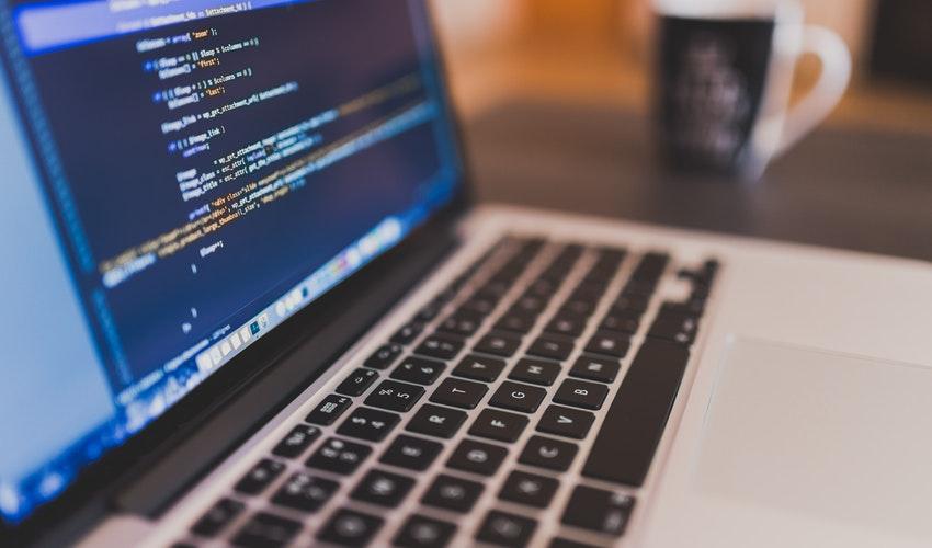 苹果CEO库克:学习编程要比学英语更重要